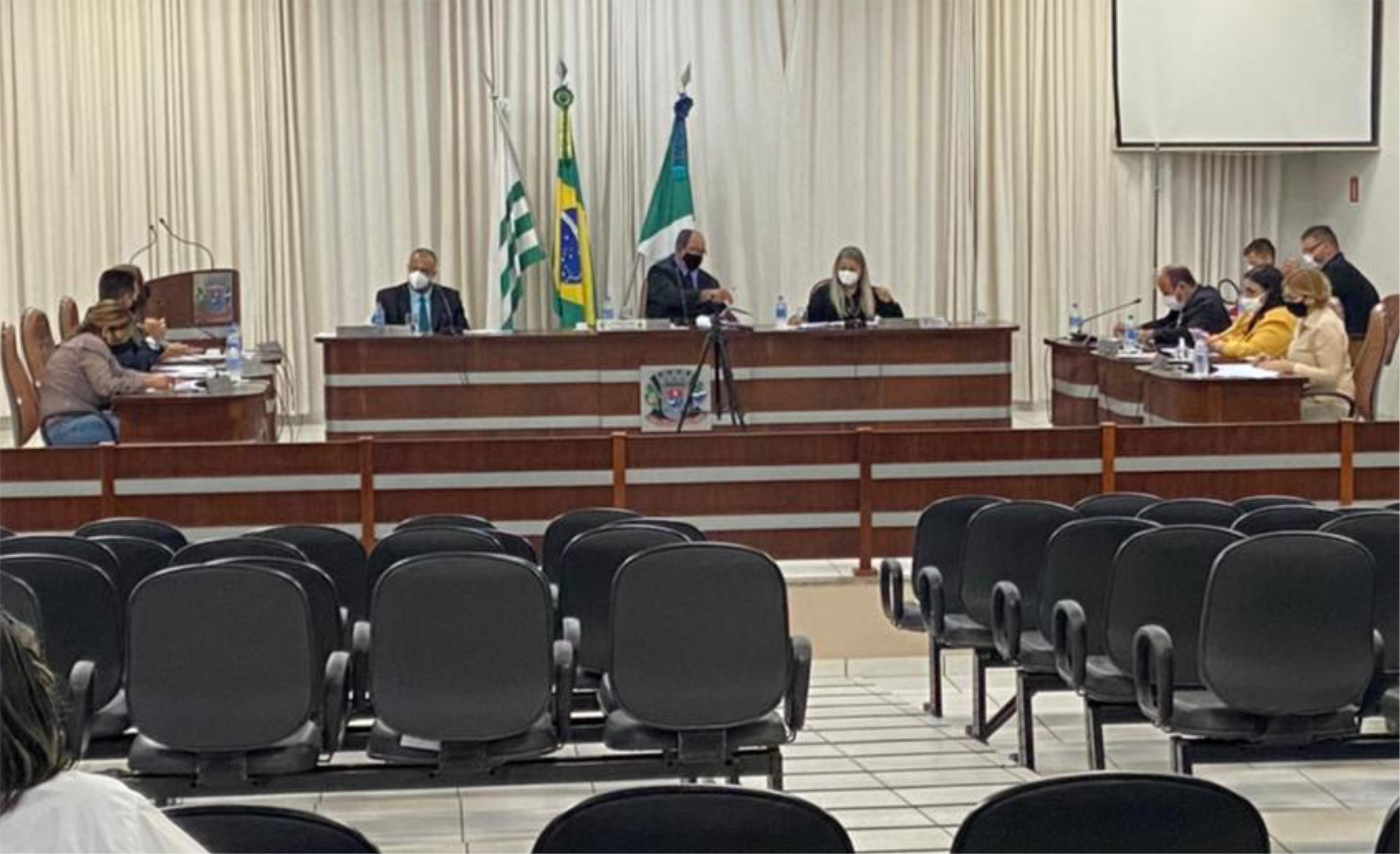 Vereadores de Brasilândia aprovam requerimentos e votam projeto de lei do Município.